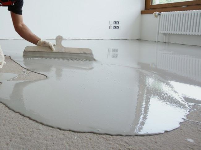 Nivelación del piso para instalar parquet