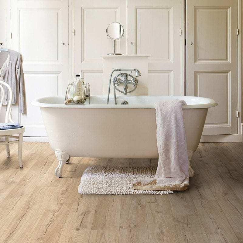 Parquet Quick step para baños al mejor precio.