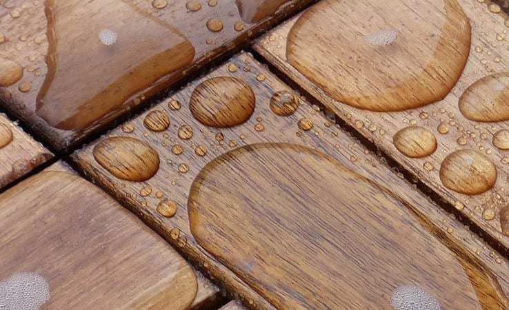 Reparar suelo laminado o parquet dañado pro agua.